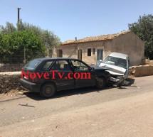 Tre feriti in un incidente sulla Scicli-Sampieri. Coinvolte tre auto.
