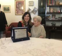 100  anni per la signora Carmela