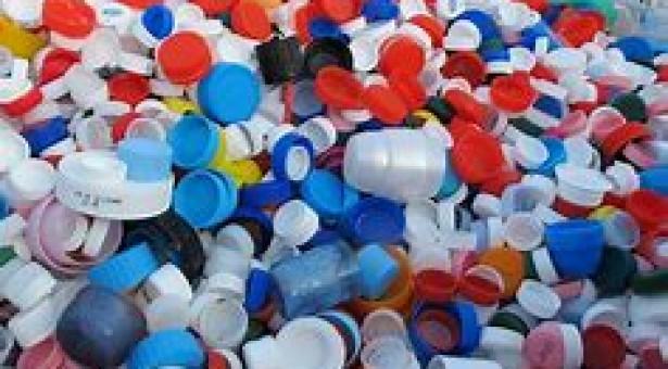 Tappi di plastica per abbattere barriere architettoniche