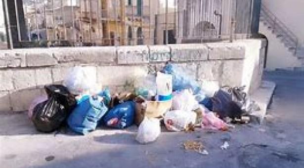 A Scicli le Multe per chi sporca, stavolta nel centro storico.