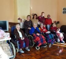 """8 Marzo con le nonne del """"Carpentieri"""""""