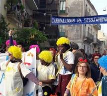La grande sfilata in maschera ha aperto il Carnaluvari ra Stratanova