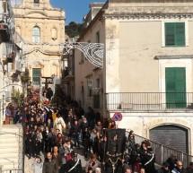 """Con l'Addolorata, aperta la """"Settimana Santa"""" a Scicli. Gli altri appuntamenti religiosi."""