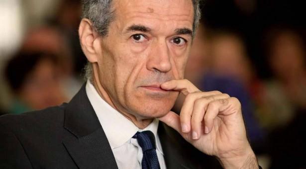 """L'economista Carlo Cottarelli alle """"Conversazioni a Scicli 2019″."""