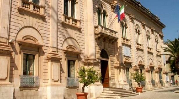 Scicli annuncia a Modica di voler avvalersi della clausola risolutiva in ordine ai debiti della discarica