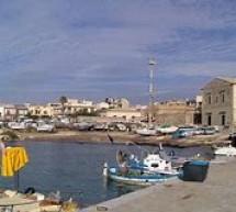 Porto di Donnalucata, nuovo progetto a minor impatto. Accordo con i pescatori