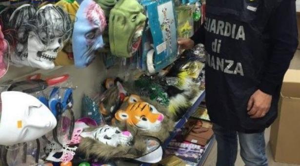Guardia di Finanza: sequestro di articoli e prodotti cinesi in un negozio di Scicli.