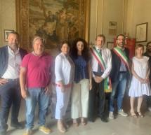 Il sindaco di Palma di Montechiaro visita Scicli.