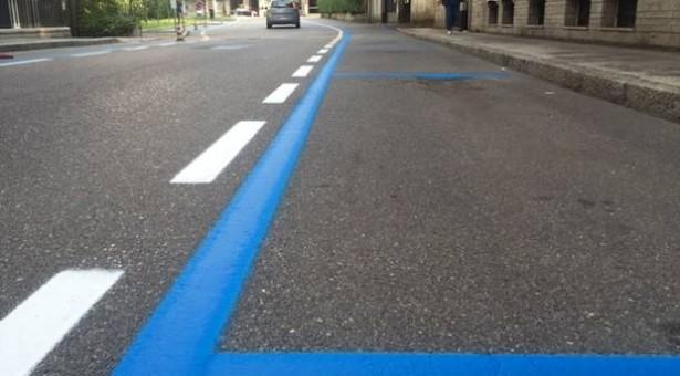 Le strisce blu valide fino alle ore 24 in luglio e agosto