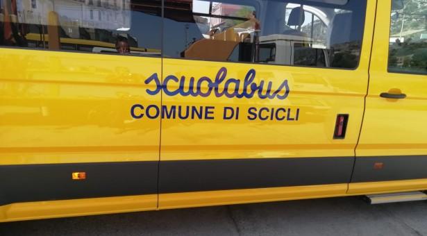 Il Comune di Scicli ha acquistato un nuovo scuolabus